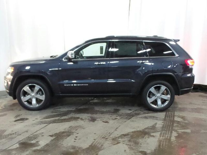 2015 Jeep Grand Cherokee Limited  in Victoria, MN