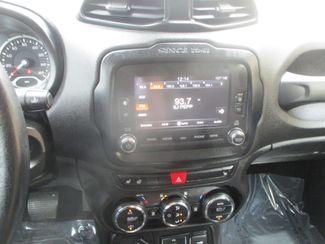 2015 Jeep Renegade Limited Farmington, MN 4