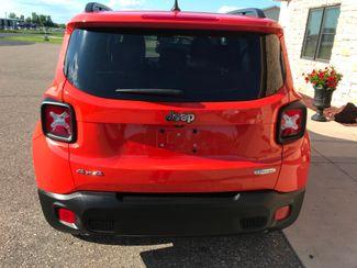 2015 Jeep Renegade Latitude Farmington, MN 3