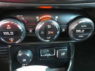 2015 Jeep Renegade Limited Farmington, MN 8