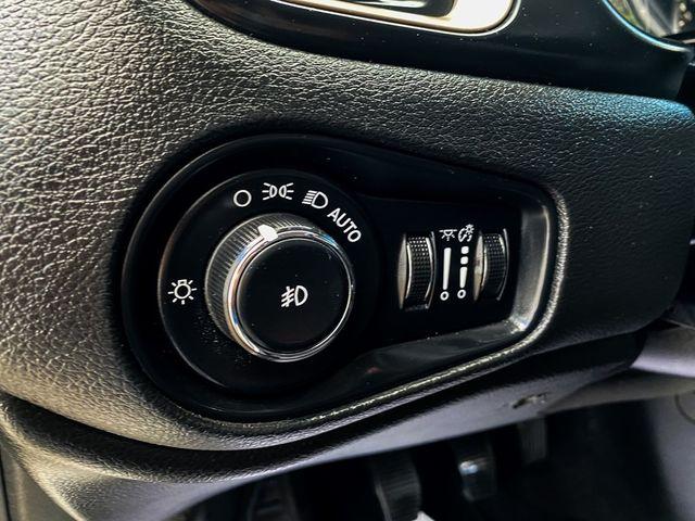 2015 Jeep Renegade Latitude Madison, NC 25