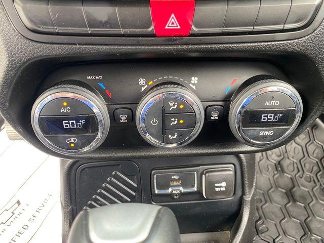 2015 Jeep Renegade Latitude Madison, NC 31