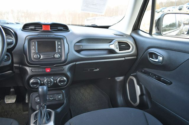 2015 Jeep Renegade Latitude Naugatuck, Connecticut 18
