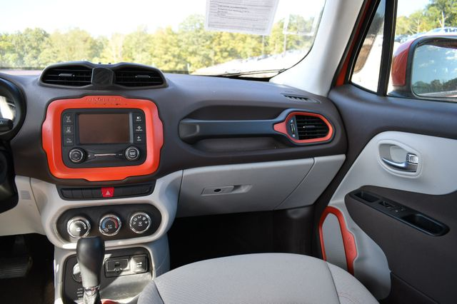 2015 Jeep Renegade Latitude Naugatuck, Connecticut 18