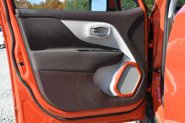 2015 Jeep Renegade Latitude Naugatuck, Connecticut 19
