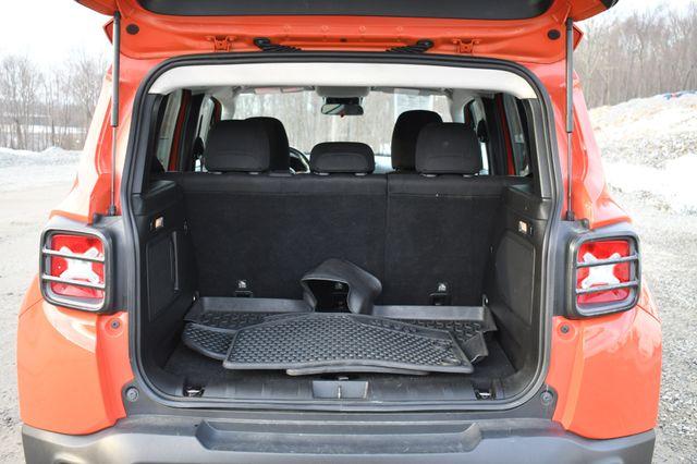 2015 Jeep Renegade Trailhawk Naugatuck, Connecticut 14