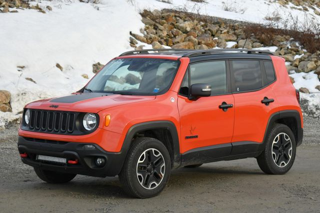 2015 Jeep Renegade Trailhawk Naugatuck, Connecticut 2