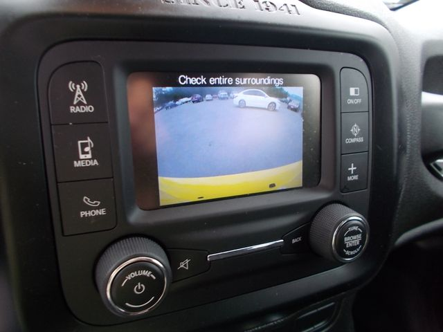 2015 Jeep Renegade Latitude Shelbyville, TN 26