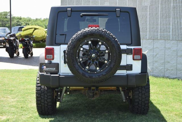 2015 Jeep Wrangler Unlimited Rubicon NEW LIFT W/CUSTOM WHEELS & TIRES in McKinney Texas, 75070