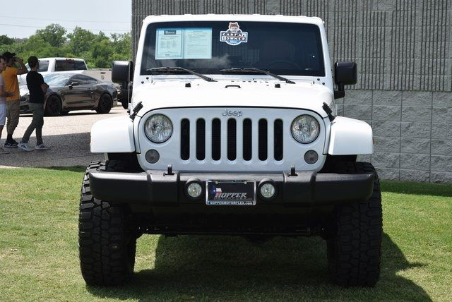 2015 Jeep Wrangler Unlimited Rubicon LIFTED W/CUSTOM WHEELS & TIRES in McKinney Texas, 75070
