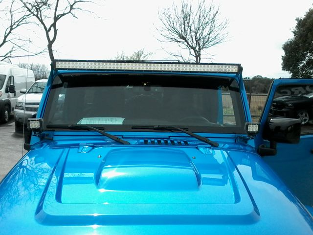 2015 Jeep Wrangler Unlimited Altitude Edtion Boerne, Texas 10