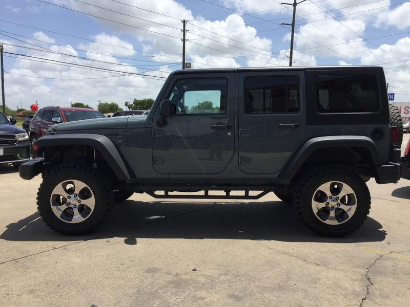 2015 Jeep Wrangler Unlimited   Brownsville TX  English Motors  in Brownsville, TX