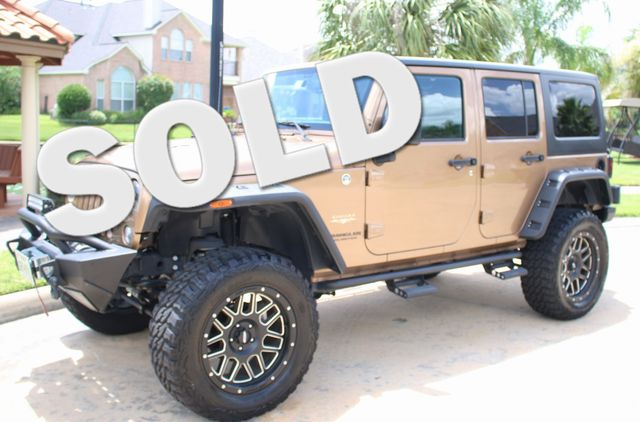 2015 Jeep Wrangler Unlimited Sahara Custom Houston, Texas 0