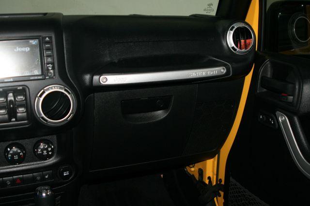 2015 Jeep Wrangler Unlimited Rubicon Houston, Texas 16