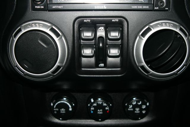 2015 Jeep Wrangler Unlimited Rubicon Houston, Texas 17