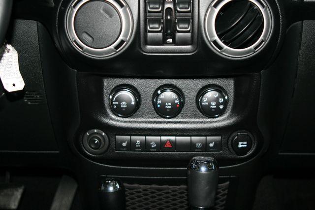 2015 Jeep Wrangler Unlimited Rubicon Houston, Texas 18