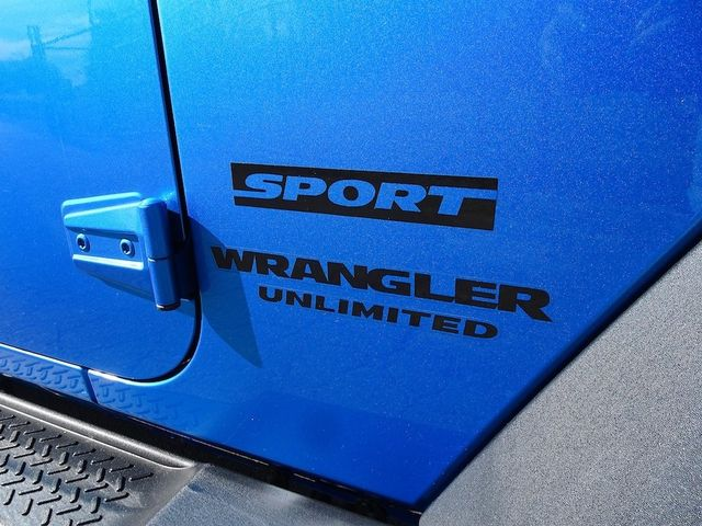 2015 Jeep Wrangler Unlimited Sport RHD Madison, NC 10
