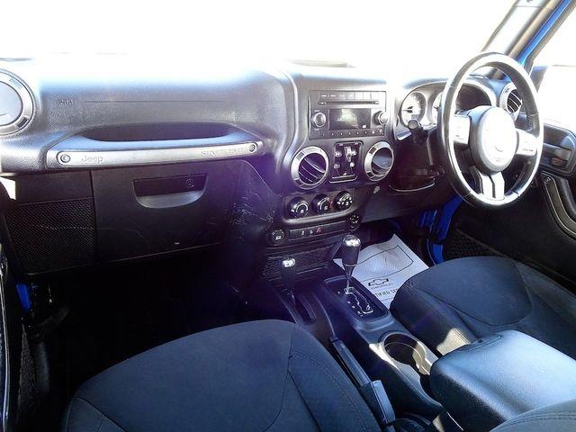 2015 Jeep Wrangler Unlimited Sport RHD Madison, NC 31