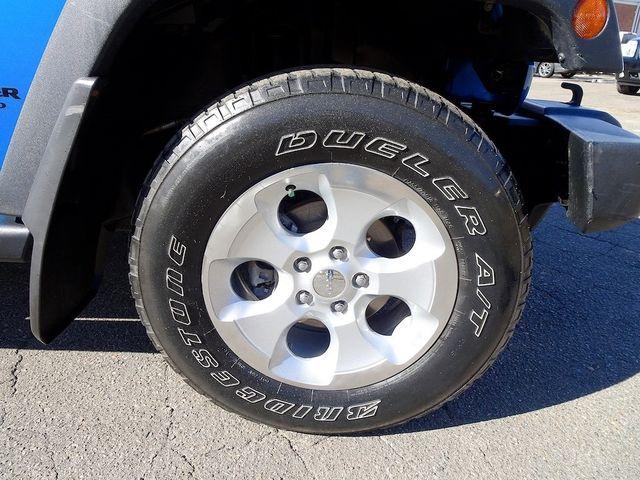 2015 Jeep Wrangler Unlimited Sport RHD Madison, NC 9