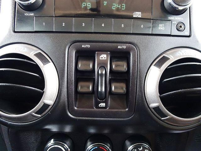 2015 Jeep Wrangler Unlimited Sport RHD Madison, NC 17