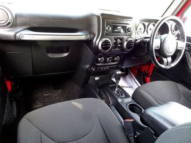 2015 Jeep Wrangler Unlimited Sport RHD Madison, NC 33