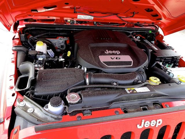 2015 Jeep Wrangler Unlimited Sport RHD Madison, NC 39