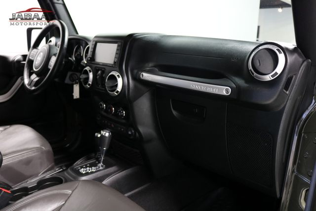 2015 Jeep Wrangler Unlimited Sahara Merrillville, Indiana 16
