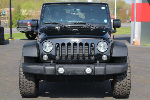 2015 Jeep Wrangler Unlimited Rubicon 4x4- NAV- HEATED LEATHER- CUSTOM WHEELS! Mooresville , NC 18