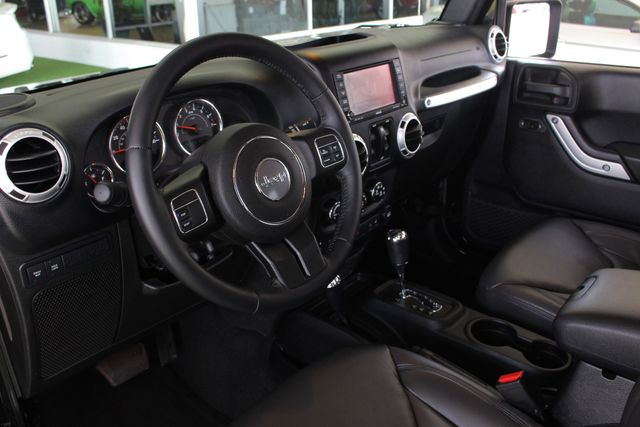 2015 Jeep Wrangler Unlimited Rubicon 4x4- NAV- HEATED LEATHER- CUSTOM WHEELS! Mooresville , NC 32