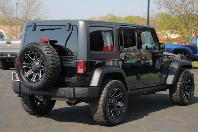 2015 Jeep Wrangler Unlimited Rubicon 4x4- NAV- HEATED LEATHER- CUSTOM WHEELS! Mooresville , NC 28