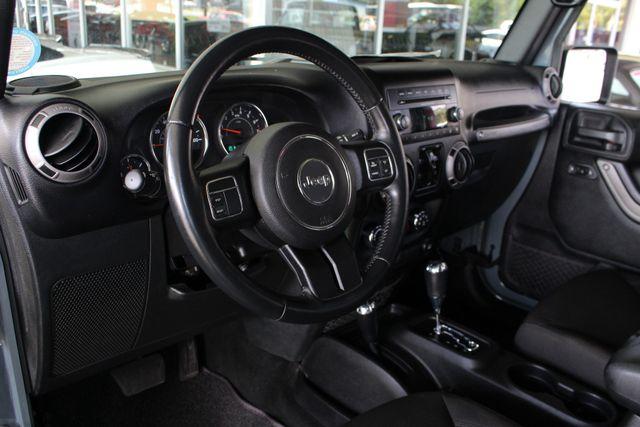 2015 Jeep Wrangler Unlimited Sport 4X4 - ANVIL PAINT - BLACK 3-PIECE HARD TOP Mooresville , NC 30
