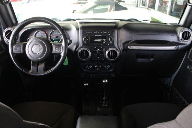 2015 Jeep Wrangler Unlimited Sport 4X4 - ANVIL PAINT - BLACK 3-PIECE HARD TOP Mooresville , NC 28