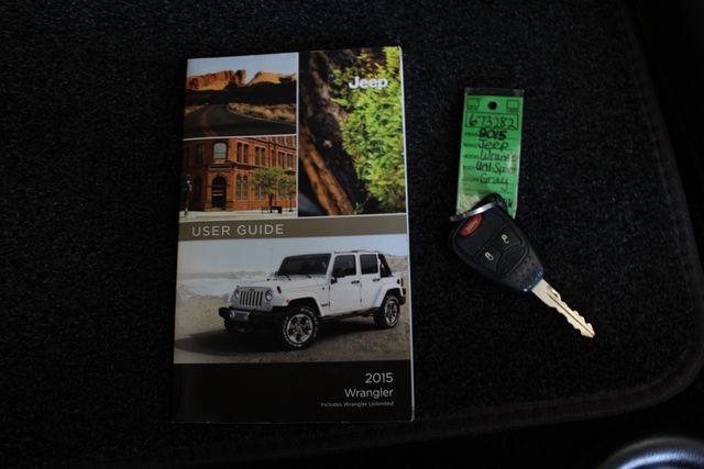 2015 Jeep Wrangler Unlimited Sport 4X4 - ANVIL PAINT - BLACK 3-PIECE HARD TOP Mooresville , NC 17