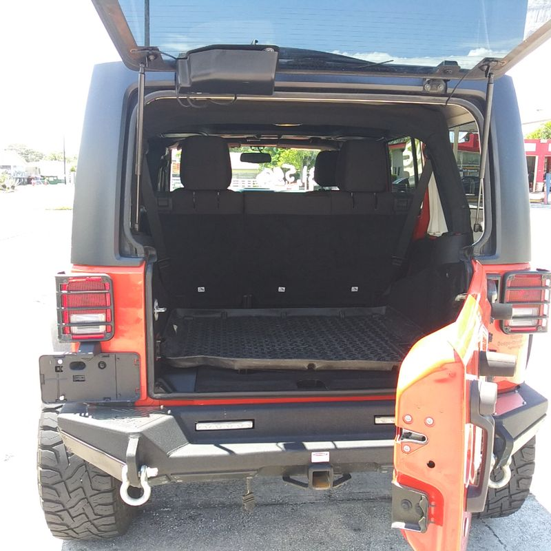 2015 Jeep Wrangler Unlimited Sport Lifted 35x125x20 tires  city FL  Manatee RV  in Palmetto, FL