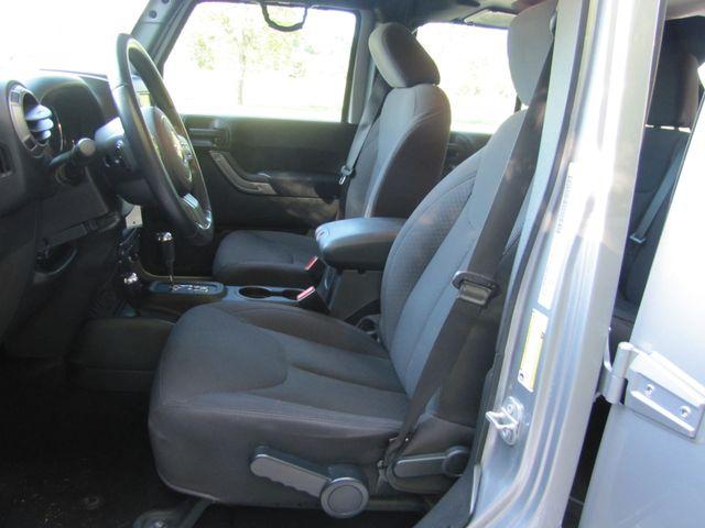 2015 Jeep Wrangler Unlimited Sport St. Louis, Missouri 21