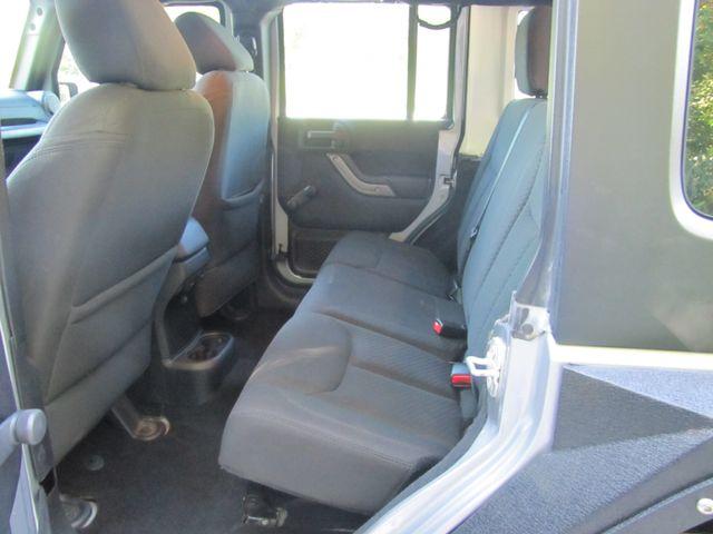 2015 Jeep Wrangler Unlimited Sport St. Louis, Missouri 24