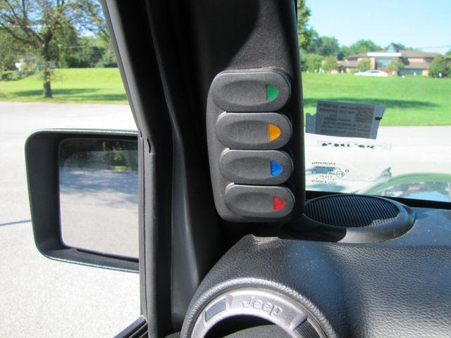 2015 Jeep Wrangler Unlimited Sport St. Louis, Missouri 29