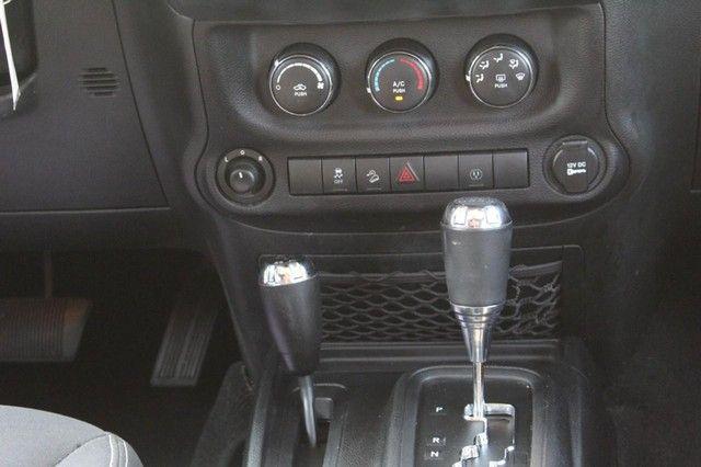 2015 Jeep Wrangler Unlimited Rubicon St. Louis, Missouri 14