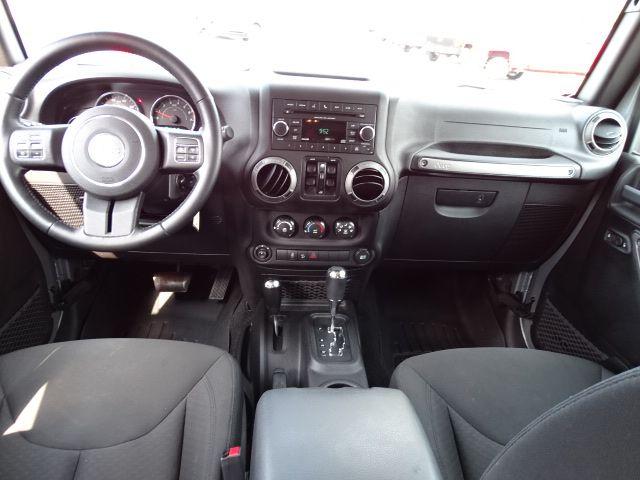 2015 Jeep Wrangler Unlimited Sport Valparaiso, Indiana 6