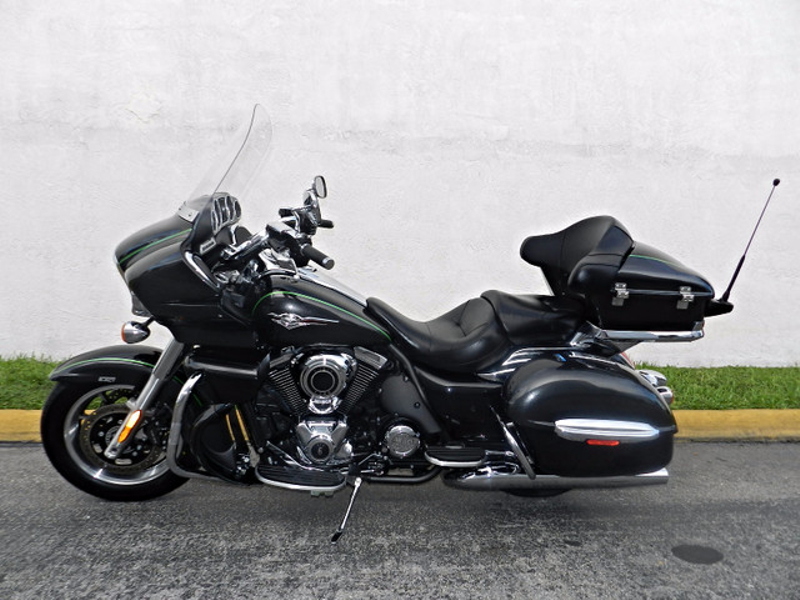 2015 Kawasaki Vulcan Voyager (ABS) VN1700BFF 1700  LIKE NEW WARRANTY  city Florida  MC Cycles  in Hollywood, Florida