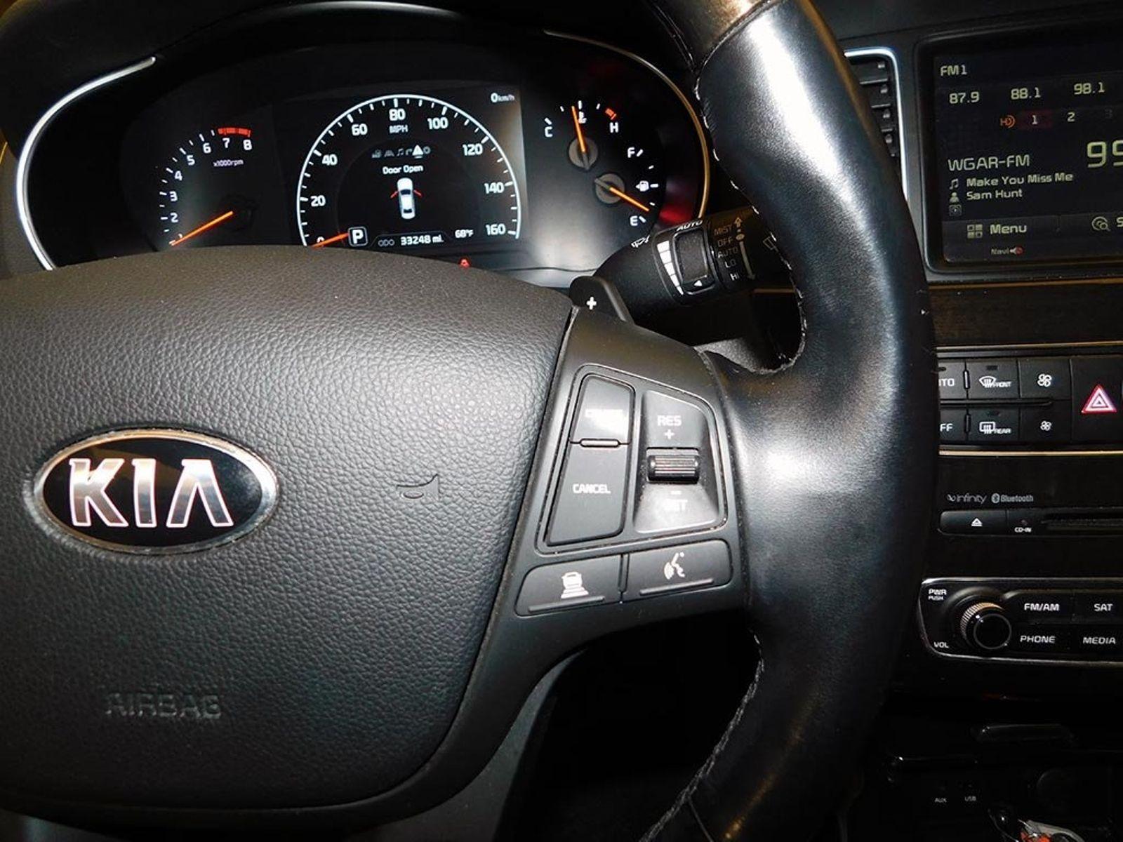 2015 Kia Cadenza Limited city Ohio North Coast Auto Mall of