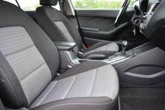 2015 Kia Forte 5-Door EX Naugatuck, Connecticut 10