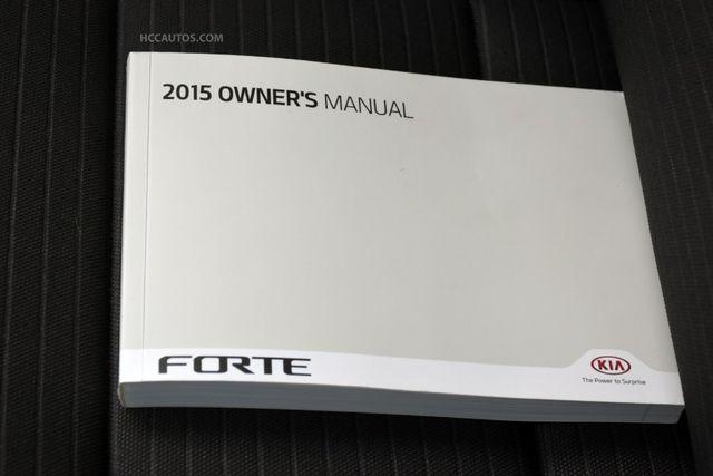 2015 Kia Forte 5-Door SX Waterbury, Connecticut 31