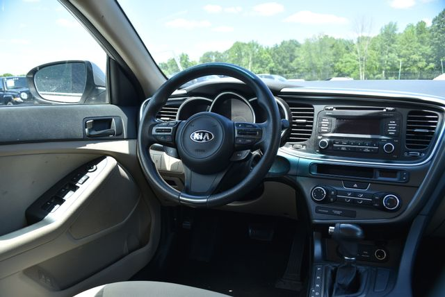 2015 Kia Optima LX Naugatuck, Connecticut 13