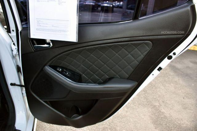2015 Kia Optima SXL Turbo Waterbury, Connecticut 27