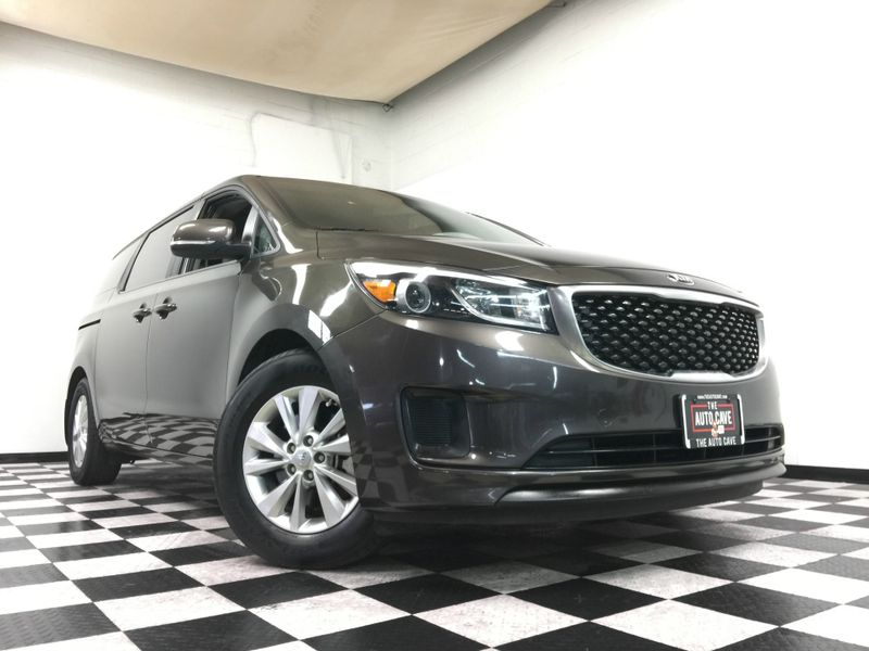 2015 Kia Sedona *Easy In-House Payments* | The Auto Cave in Addison