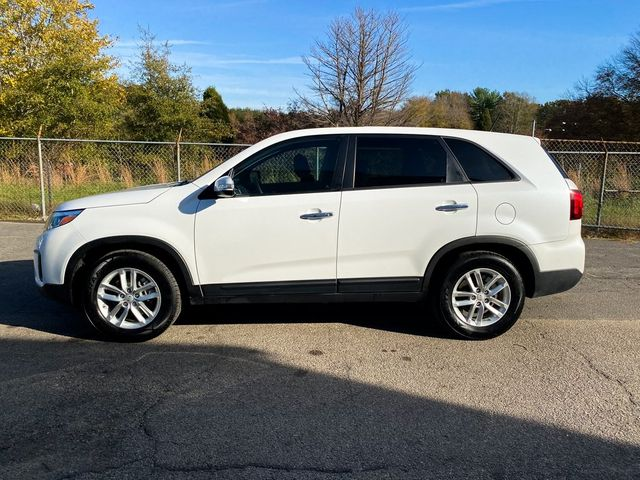 2015 Kia Sorento LX Madison, NC 4
