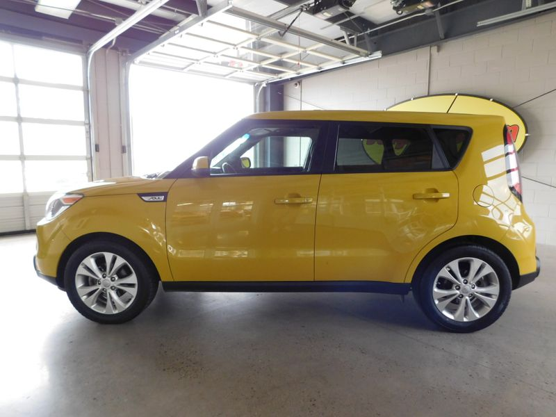 2015 Kia Soul   city TN  Doug Justus Auto Center Inc  in Airport Motor Mile ( Metro Knoxville ), TN