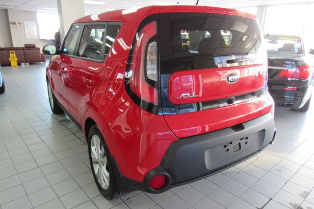 2015 Kia Soul + W/ NAVIGATION SYSTEM/ BACK UP CAM Chicago, Illinois 4