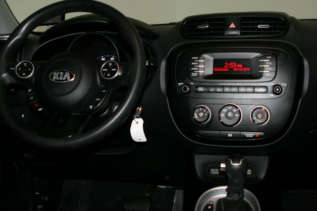 2015 Kia Soul Base Houston, Texas 13